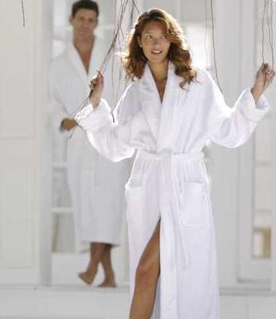 Домашние женские халаты длинные