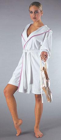 Домашние женские халаты короткие