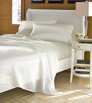 Фото шелкового постельного белья