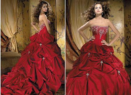 модель красного свадебного платья с вышитым корсетом и длинной юбкой