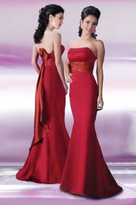 Красное свадебное платье в стиле русалки фото