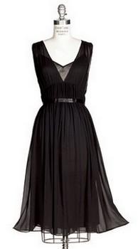 Фото маленького черного платья с поясом