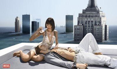 Дизель рекламная кампания одежды и джинс в Италии фото