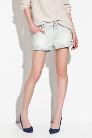 С чем носить женские джинсовые шорты фото