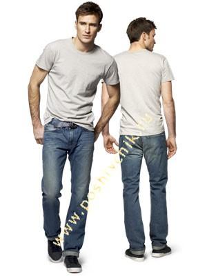 С чем можно носить джинсы мужчинам c обычной футболкой фото