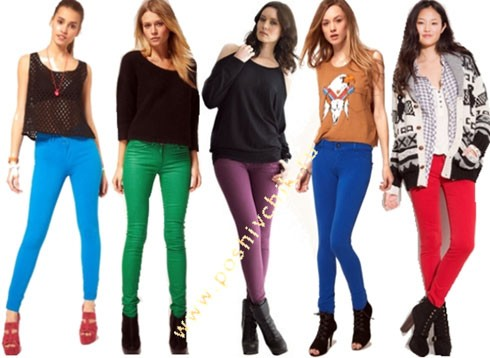 С чем носить женские цветные джинсы: 7 способов с фото