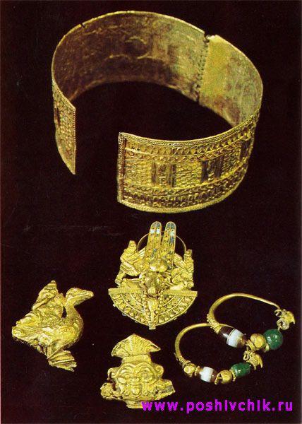 Ювелирные украшения из усыпальницы царицы Аманишакете, открытой Джузеппе Ферлини в 1834 году