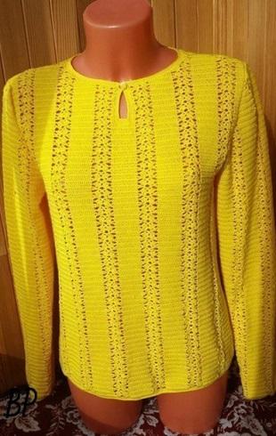 Ярко-желтая туника, связана ажурными вертикальными полосами