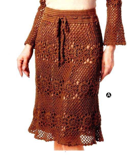Коричневая юбка с мотивами и сеткой крючком