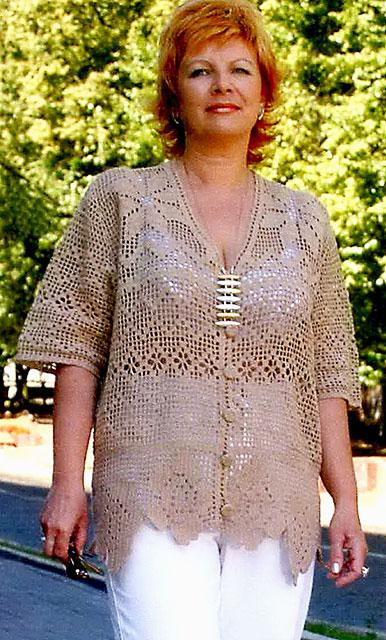 Блуза в технике филейного вязания для дам «роскошных» объемов
