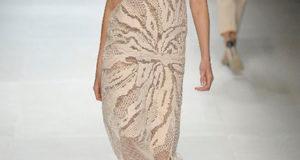 Летнее платье Астра от Stella McCartney крючком в филейной технике