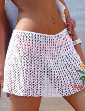 Простая юбка с аппликацией