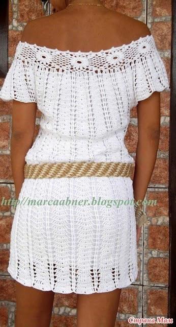 Пляжное платье с цветочной кокеткой (сзади с открытыми плечами)