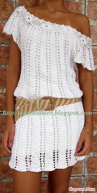 Пляжное платье с цветочной кокеткой (вариант с открытым плечом)