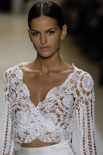 Модная блузка от Carlos Miele