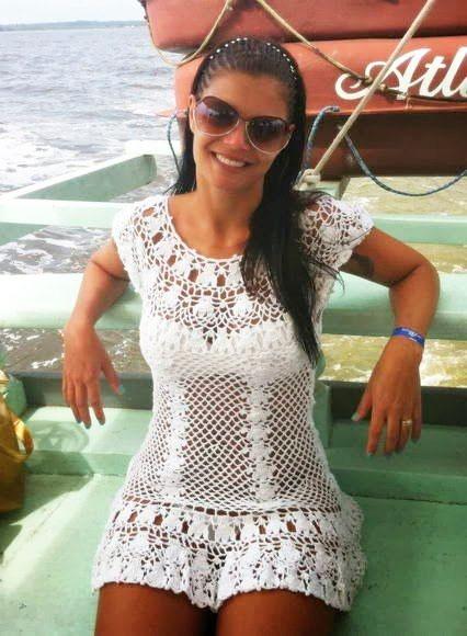 Пляжное платье крючком «Гавайская мечта» и «Тюльпан» – схемы, описание и фотогалерея