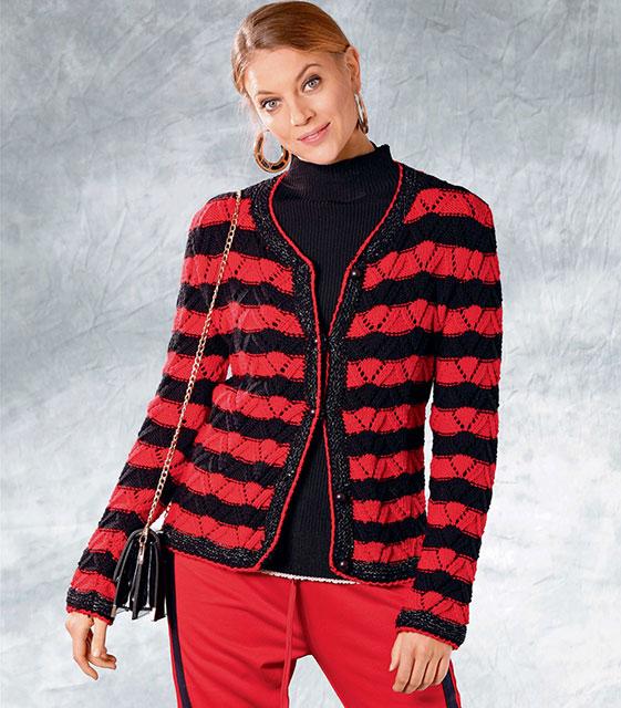 Жакет прямого силуэта в черно-красную полоску строгим узором