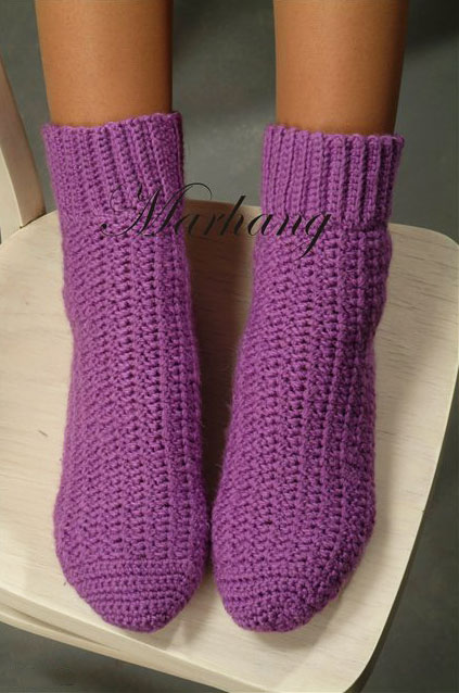 Вяжем простые фиолетовые носки