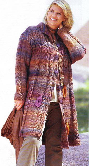 Пальто большого размера на полных с косами