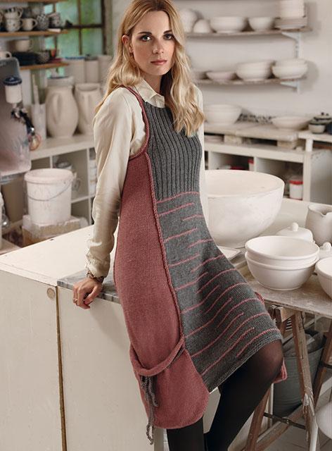 Стильный сарафан-платье с большими карманами