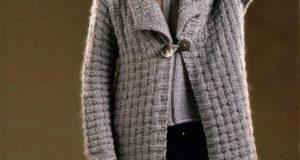 Комплект пальто с шапочкой серо-бежевого цвета
