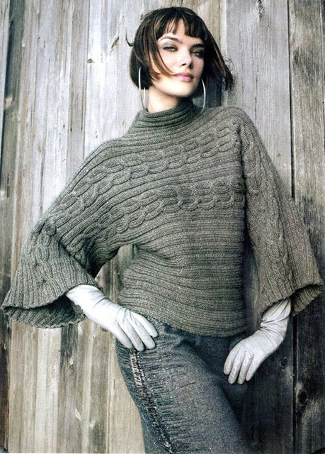 Теплый пуловер-кимоно из чесаной шерсти