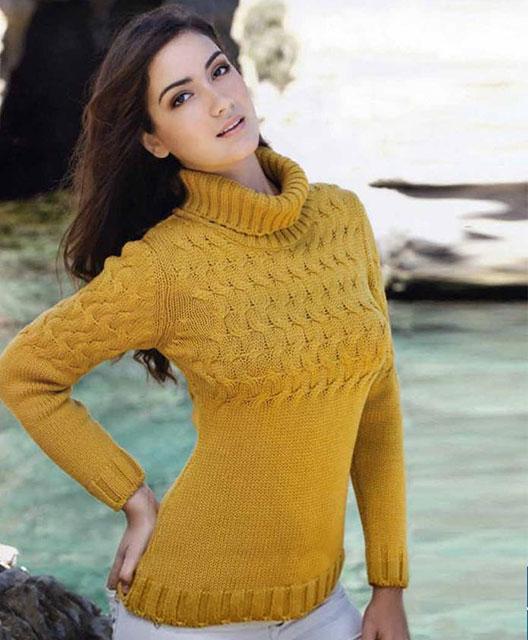 Женский свитер цвета пшеничной нивы связанный из шерсти мерино