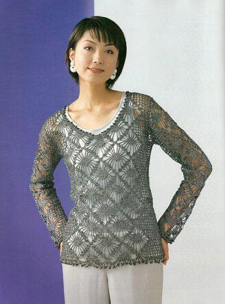 Воздушный пуловер узором Паучки из японского журнала