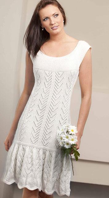 Платье из хлопка белого цвета