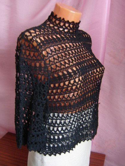 Ажурный пуловер с воротником-стойкой