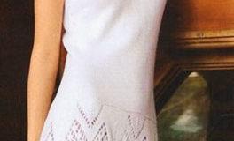 Белое платье с имитацией кружева