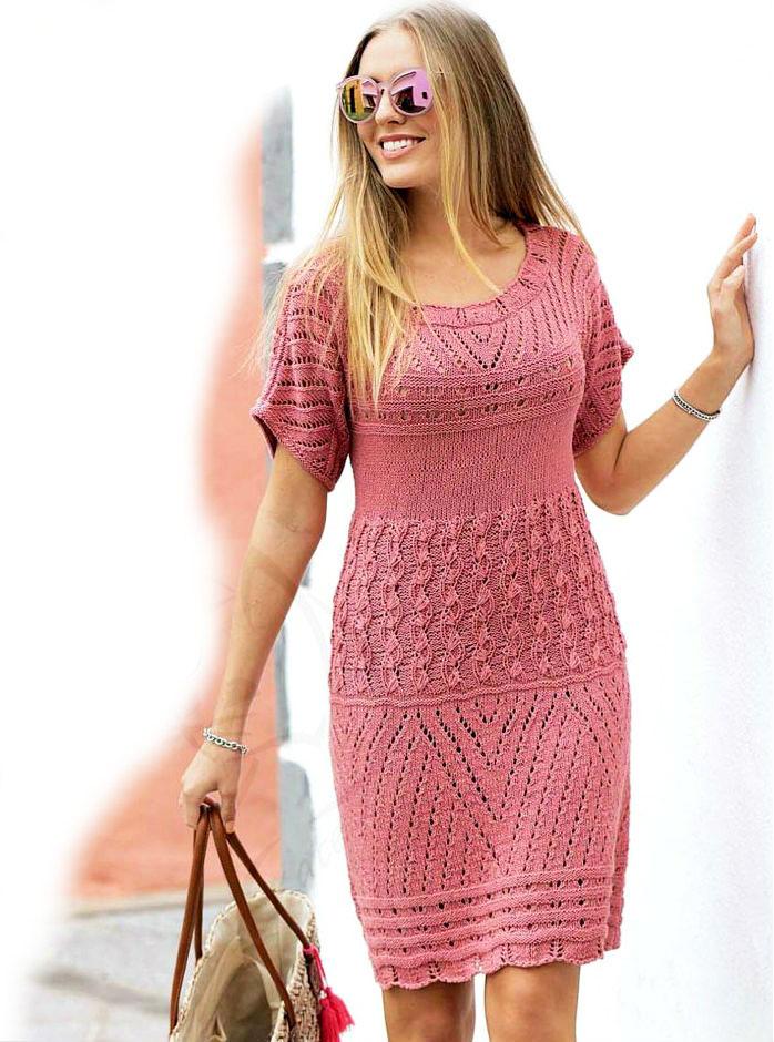 Стильное коралловое платье
