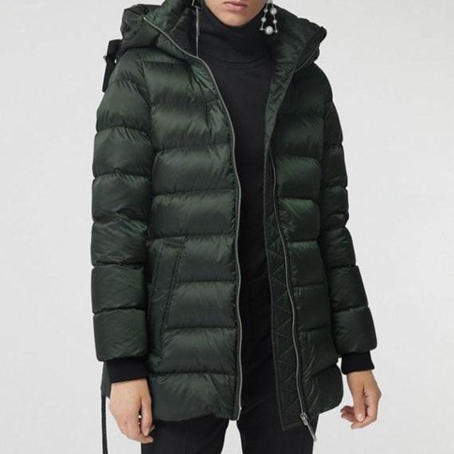 Роскошное пальто или пуховик