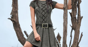 Платье с заниженной талией, встречными складками и кожаной шнуровкой