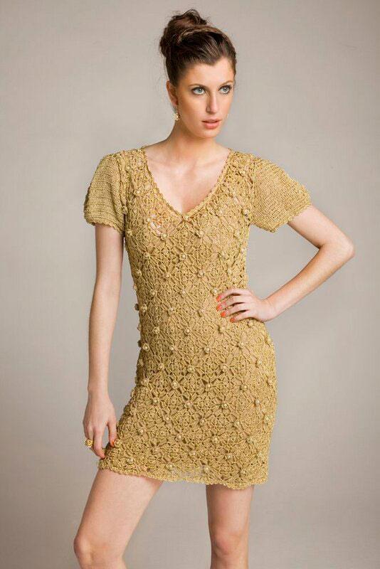 Платье на модели