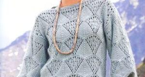 Серо-голубого цвета пуловер-кимоно ажурным зубчатым узором