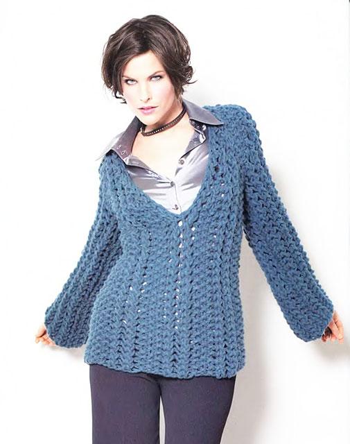 Пуловер на толстых спицах большого размера