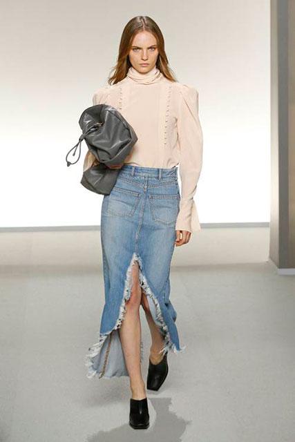 Потертая и рваная джинсовая макси-юбка Givenchy