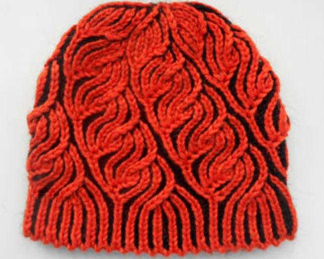 Женская шапка бриошь Факел