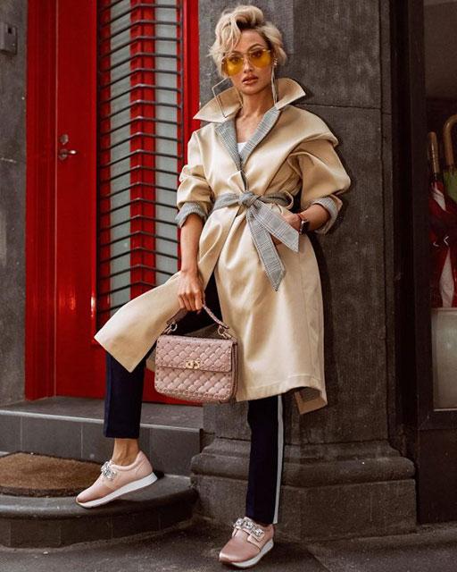 Модные тренчи 2020 - 2021 – самые популярные тренды и тенденции осени и весны, новинки женских тренчкотов и плащей, стильные образы и модели на фото, фасоны