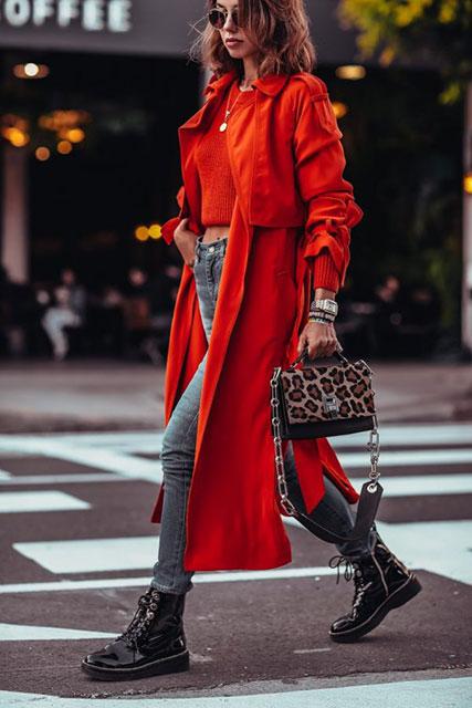 Красный тренч