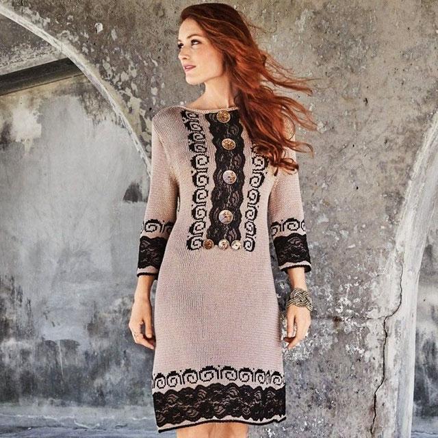 Платье в этническом стиле песочно-бежевого цвета