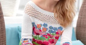 Пуловер с цветами маками и сетчатой кокеткой