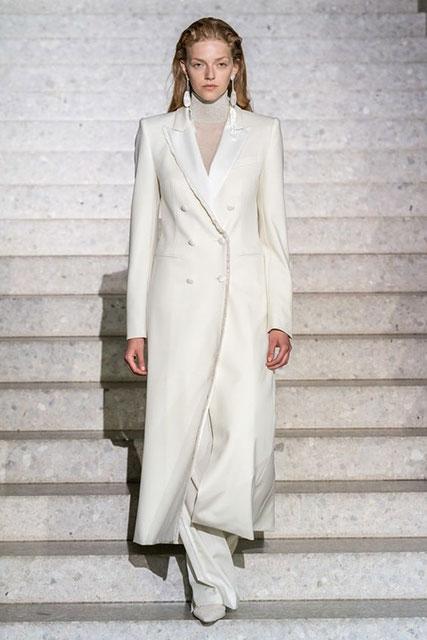 Модное пальто для женщин