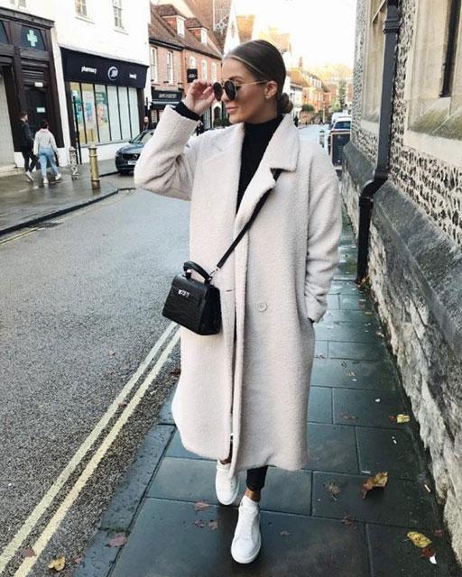Модное плюшевое или меховое пальто