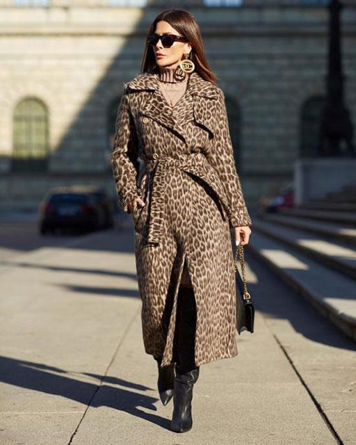 Модное пальто с принтом «леопард»