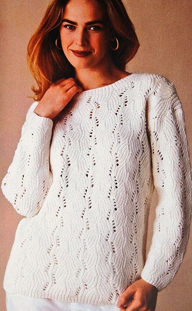 Пуловер узором Хризантемки белого цвета
