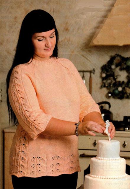 Персиковый пуловер с укороченным рукавом для полных