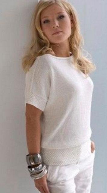 Кофта - блузон белого цвета