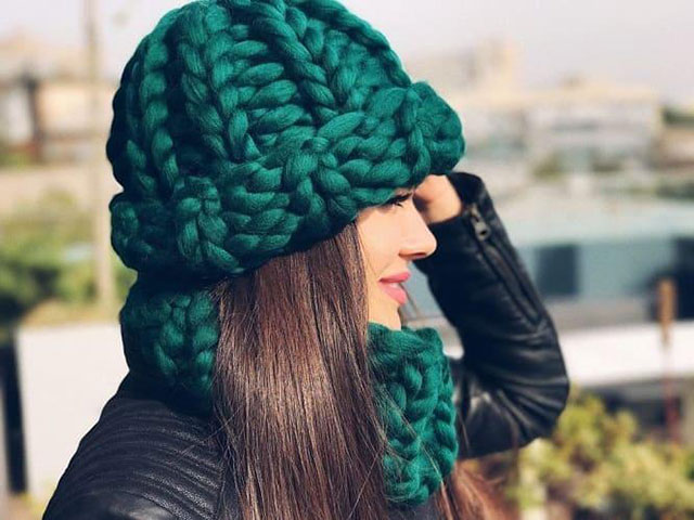 Вязаная шапка Хельсинки резинкой 1х1